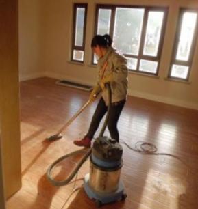 广州办公室保洁公司是如何护养实木地板